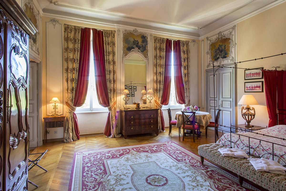 Red Room Chateau Talaud